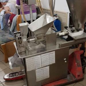 Фото 0 - Пельменный автомат ST-2(10-12-14гр) с фаршенасосом.