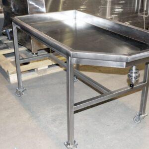 Фото 0 - Стол для сырной массы нержавейка.